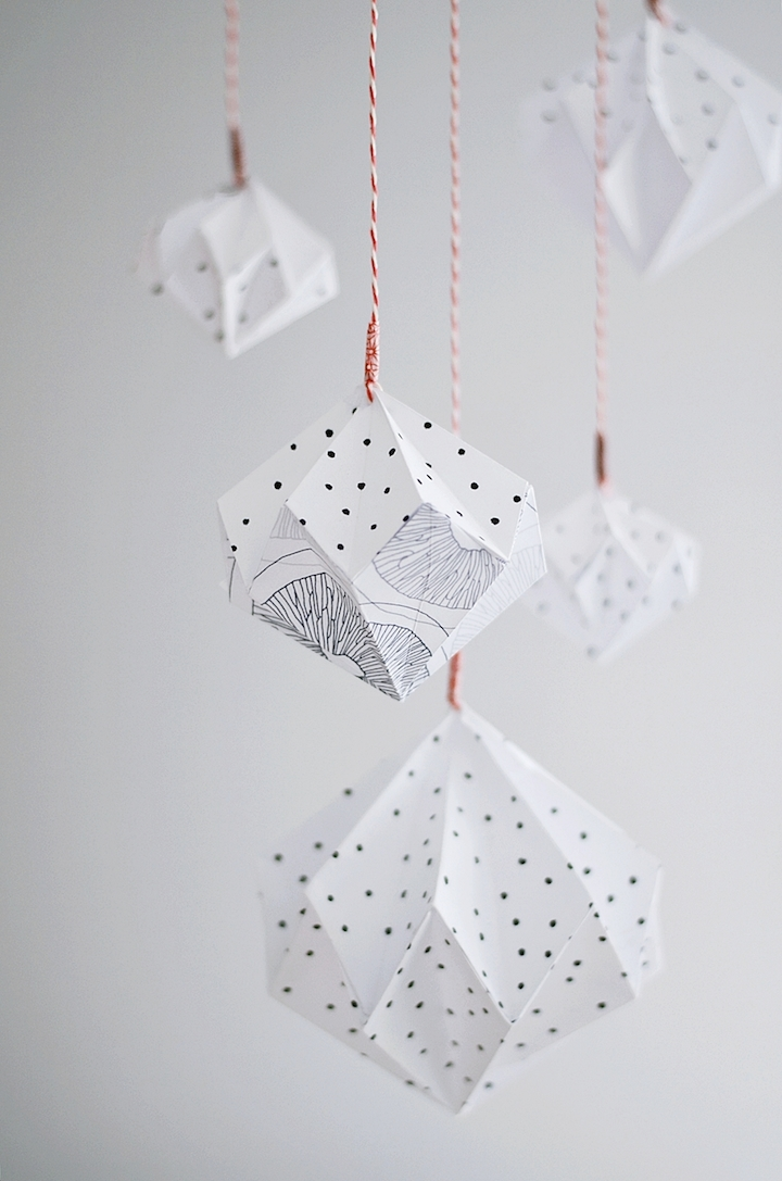 At least diy christmas decoration 7 ideas for Decoration paper