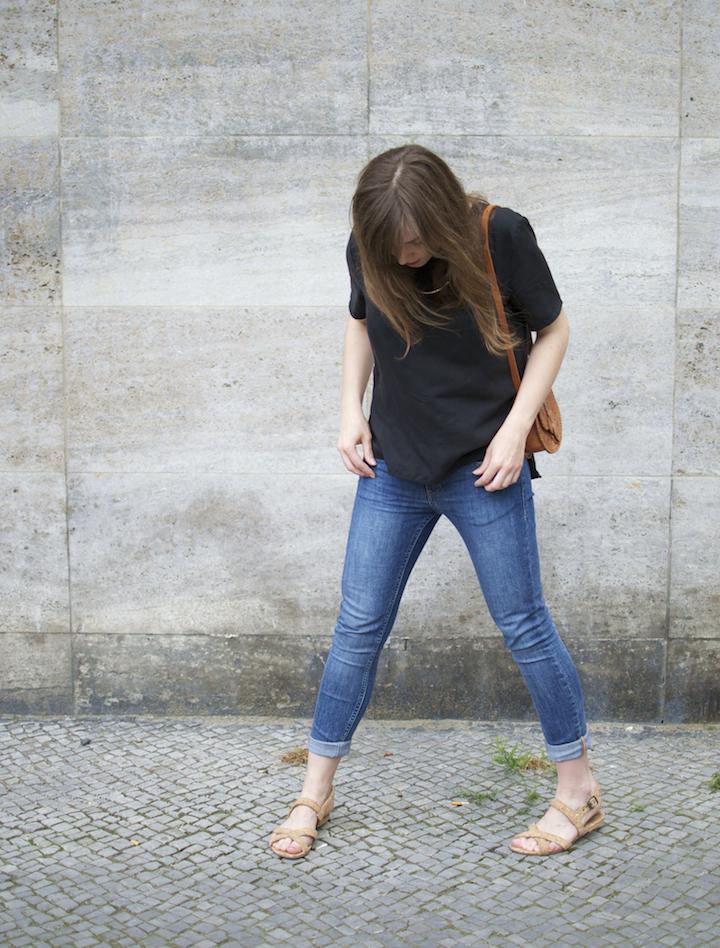 wunderwerk-bluse-ahimsa-sandalen-2