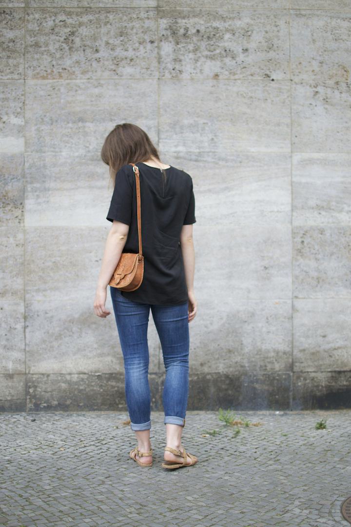 wunderwerk-bluse-ahimsa-sandalen-3