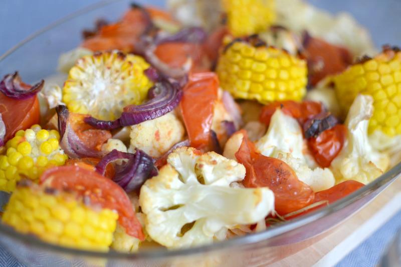 gemueseauflauf-mit-blumenkohl-mais-tomate