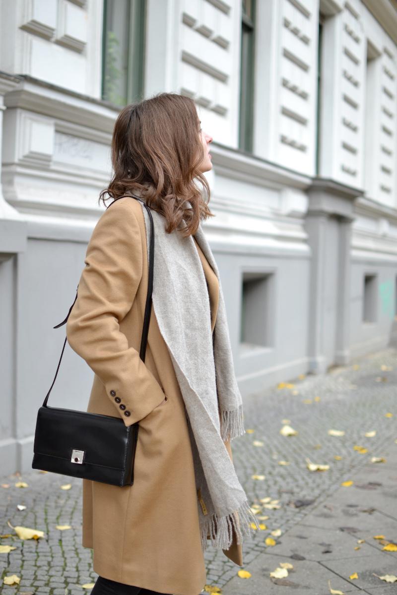 black-camel-fair-fashion-outfit-2