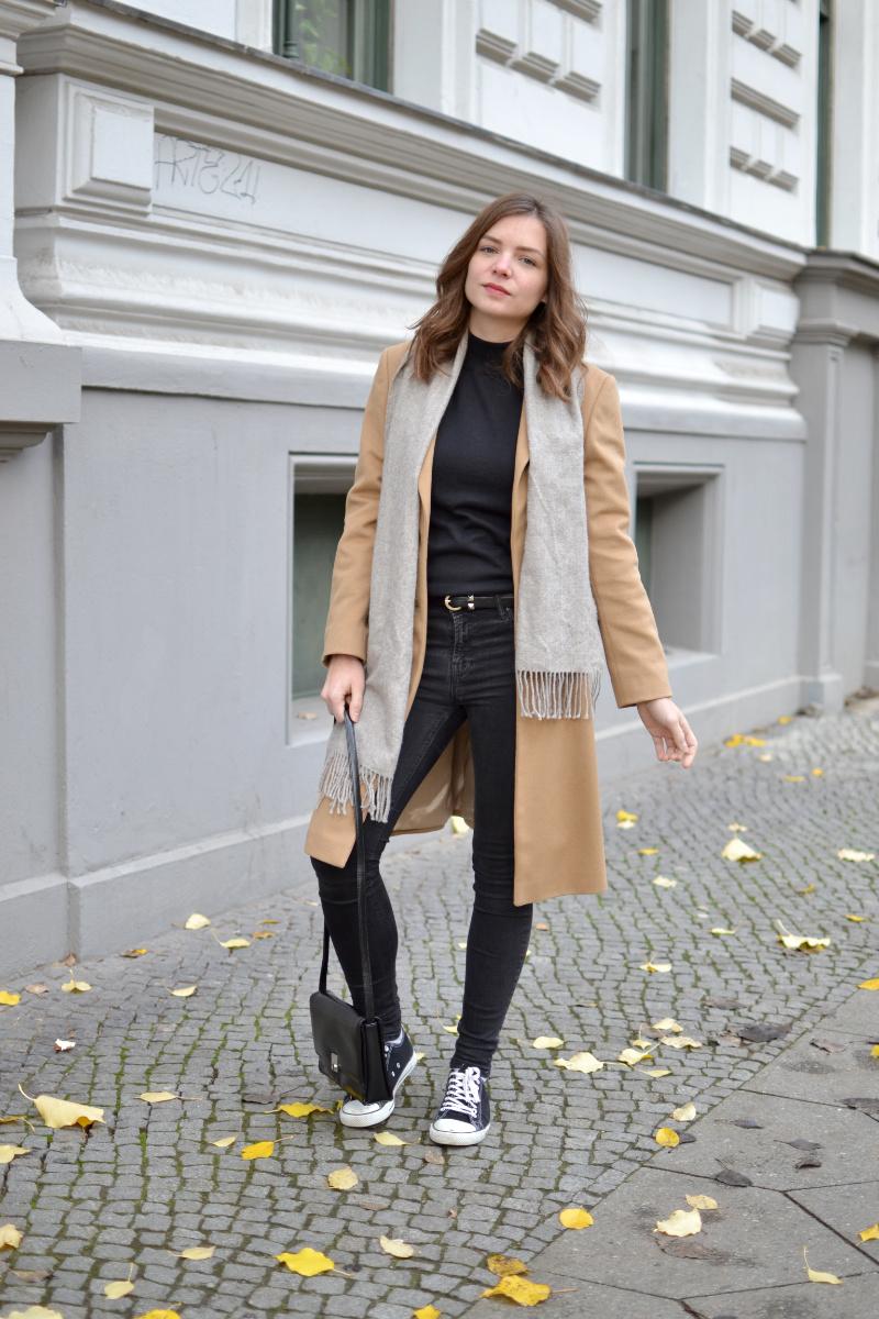 black-camel-fair-fashion-outfit-7