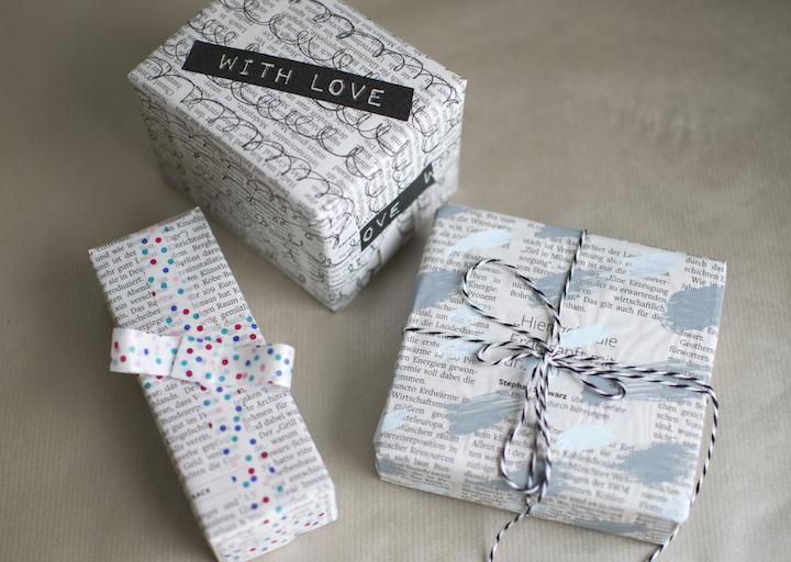 Geschenkverpackungen aus Zeitungspapier | atleastblog.com